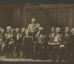 Une séance à l'Institut. Don Georges Manal © Bibliothèque de l'Institut de France